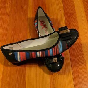 Anne Klein Navy Striped Patent Dress Ballet Flat 7